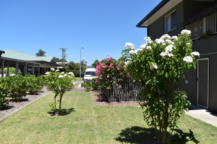 retirement villages hervey bay